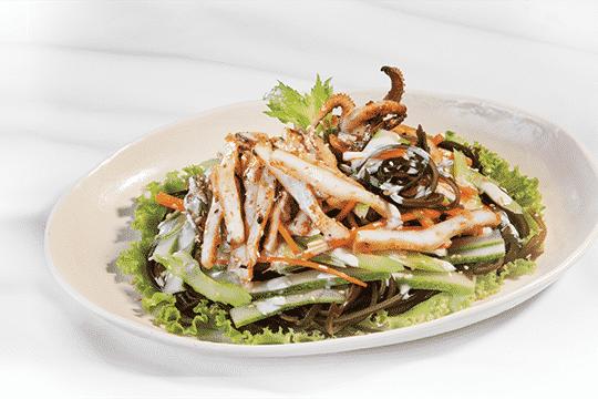 Salad mực phổ tai