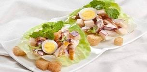 Salad thịt gà trộn táo đỏ