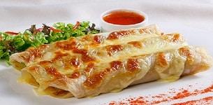 Bánh rôti cuộn thịt gà