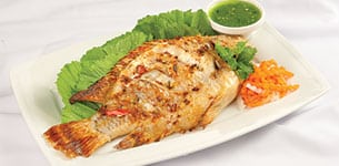 Cá nướng chấm muối ớt xanh