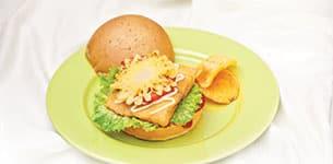 Burger cá kiểu Hawaii