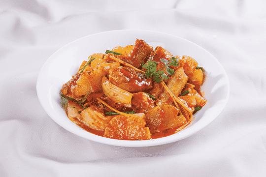 Image result for thịt gà kho kim chi