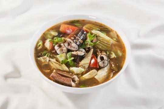 Canh lươn hầm cải chua