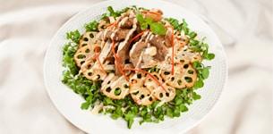 Salad thịt bò chiên