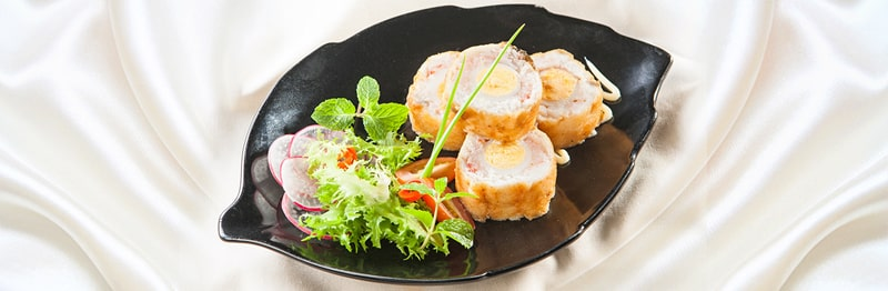 Cá cuộn tôm trứng cút