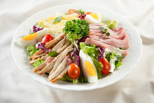 Salad Ức Gà Áp Chảo
