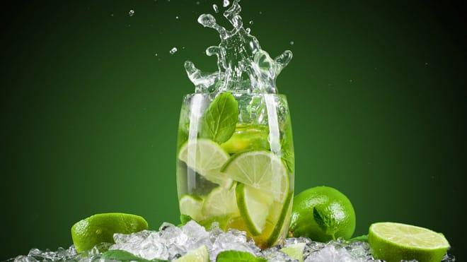 8 loại nước uống giúp chống say nắng tức thì