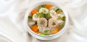 Canh gà cuộn cải thảo