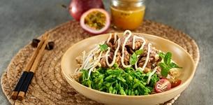 Salad hoa thiên lý thịt bò