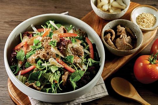 Salad bò dưa kiệu